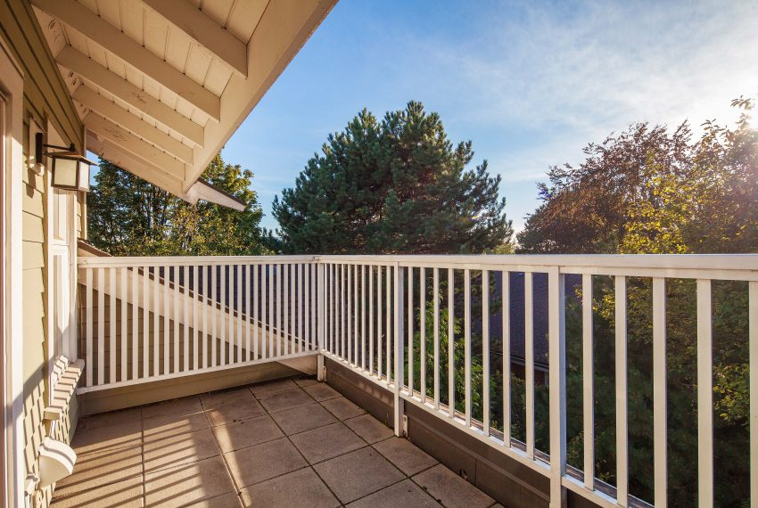 townhouse-for-sale-359-W-59th-Ave-balcony