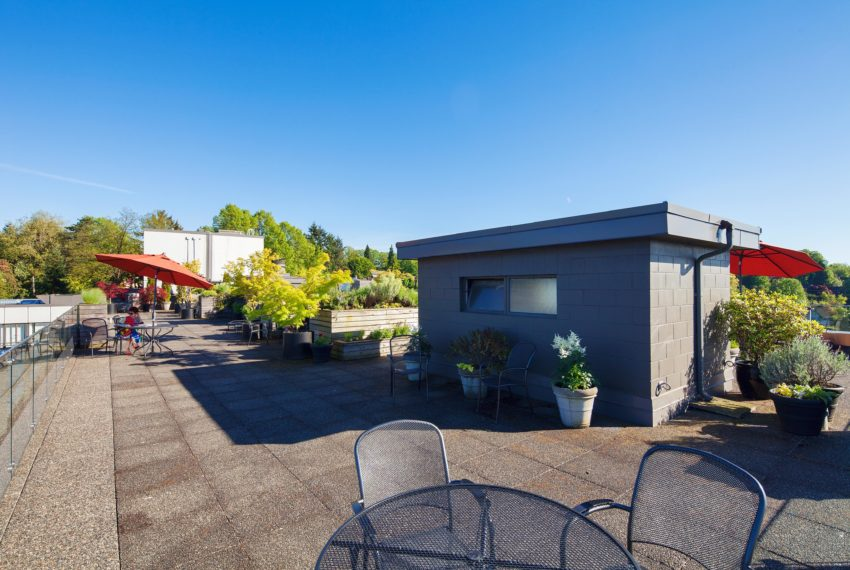 511 - 1445 Marpole Ave Roof Patio-15