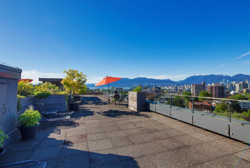 511 - 1445 Marpole Ave Roof Patio-5