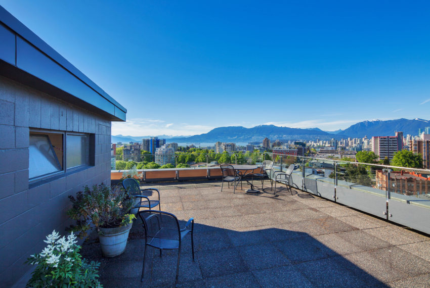 511 - 1445 Marpole Ave Roof Patio-6
