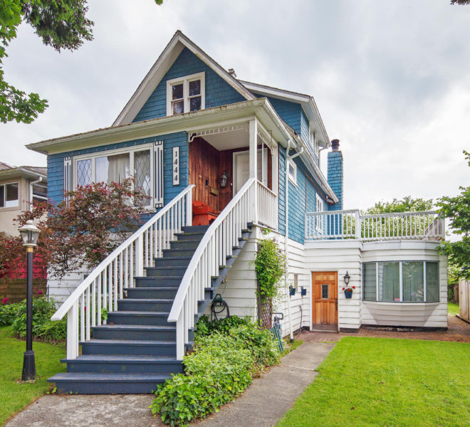 Front Entrance Of House for sale located at 1444 E 30th St Vancouver