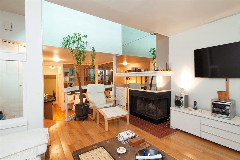 2-1065-W-8th-Ave-Vancouver-mls-r2183529-02