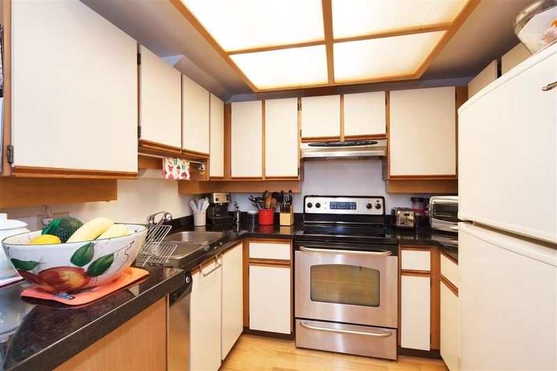 2-1065-W-8th-Ave-Vancouver-mls-r2183529-06