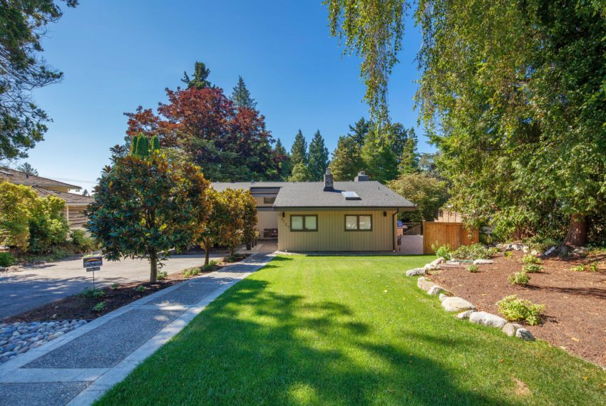 6137 Collingwood Place New Grass-1