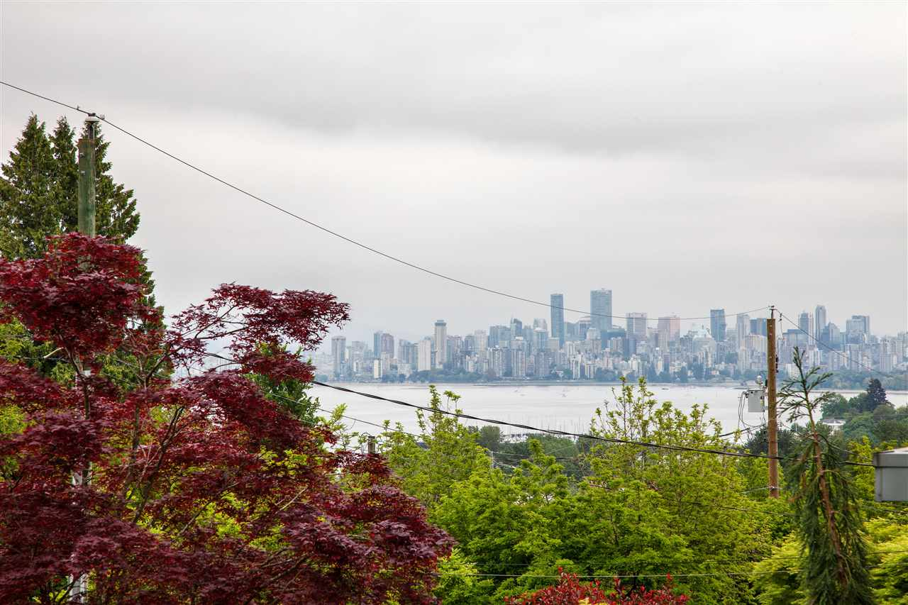 houses for sale in point grey with a view