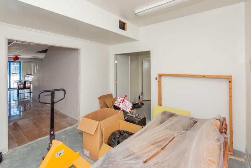 11800 River Rd  - Main Floor-13