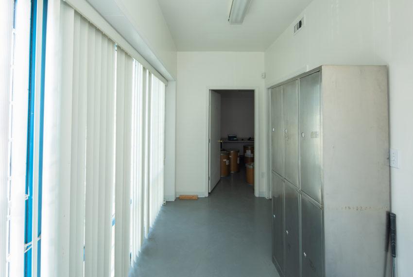 11800 River Rd  - Main Floor-15