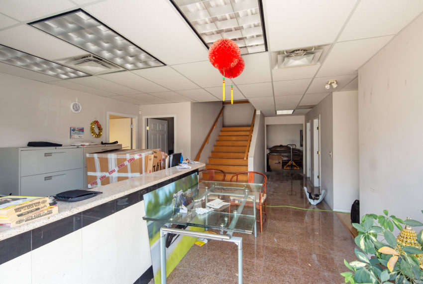 11800 River Rd  - Main Floor-2