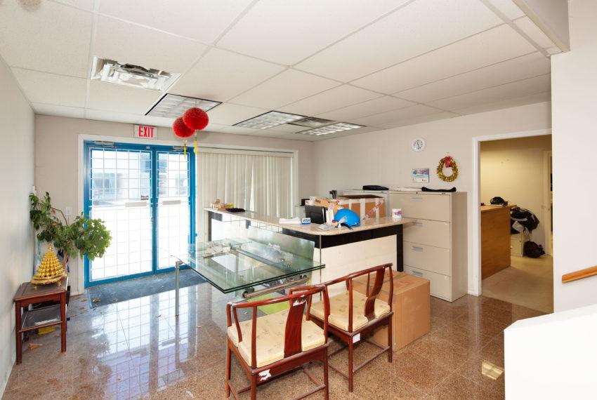 11800 River Rd  - Main Floor-3
