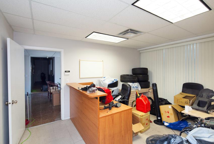11800 River Rd  - Main Floor-7