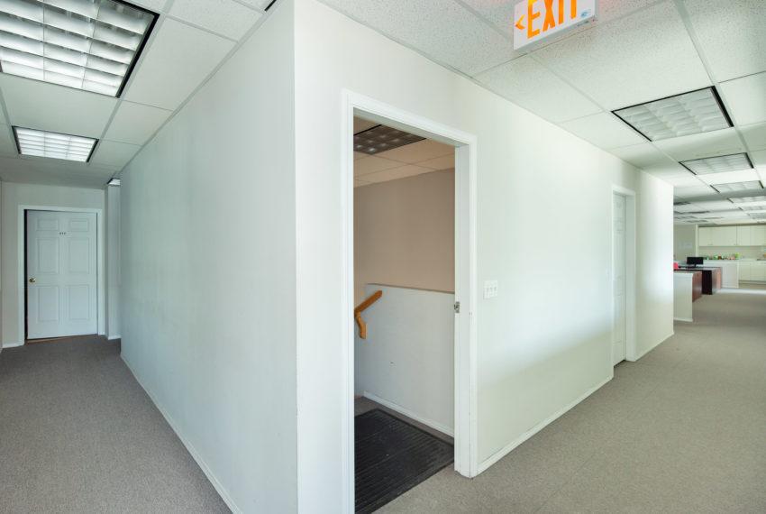 11800 River Rd  - Top Floor-21