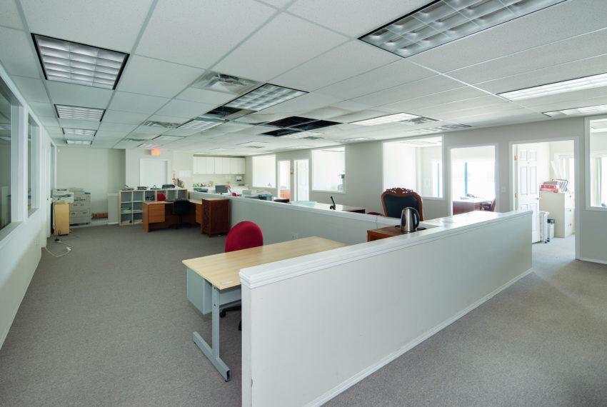 11800 River Rd  - Top Floor-24