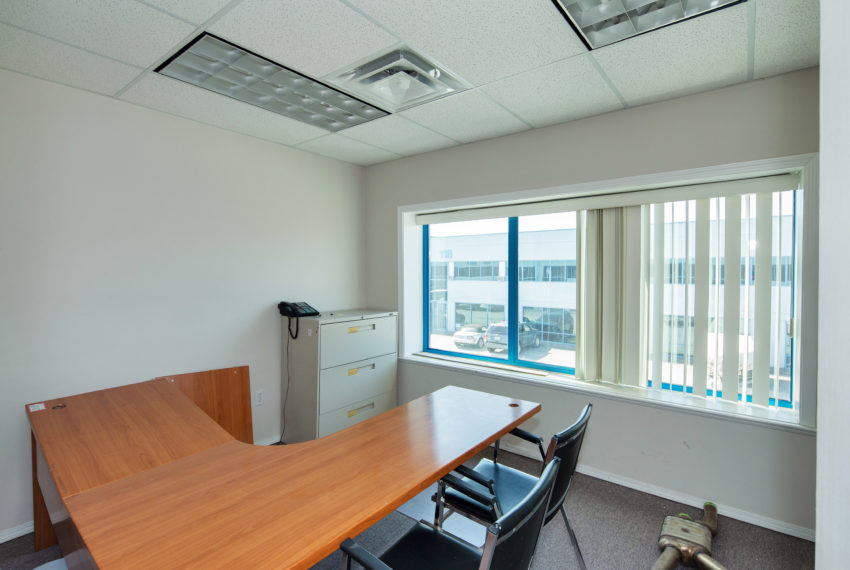 11800 River Rd  - Top Floor-26