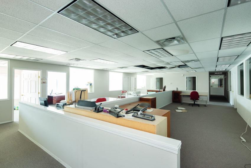 11800 River Rd  - Top Floor-28
