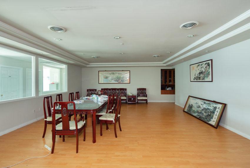 11800 River Rd  - Top Floor-34