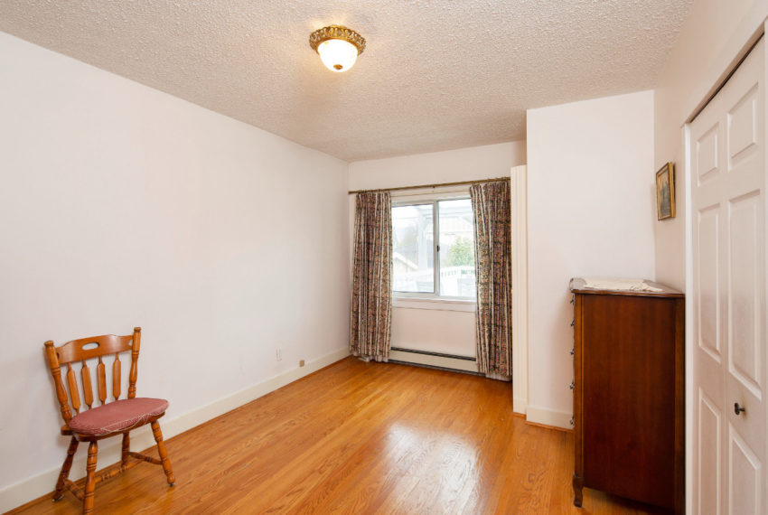 341 W 17th Ave-12