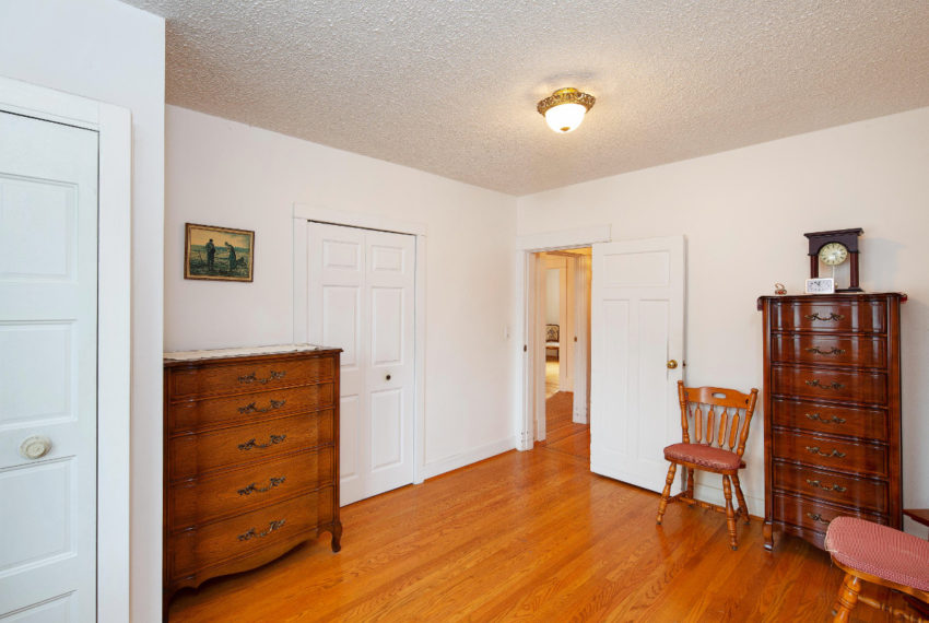 341 W 17th Ave-13