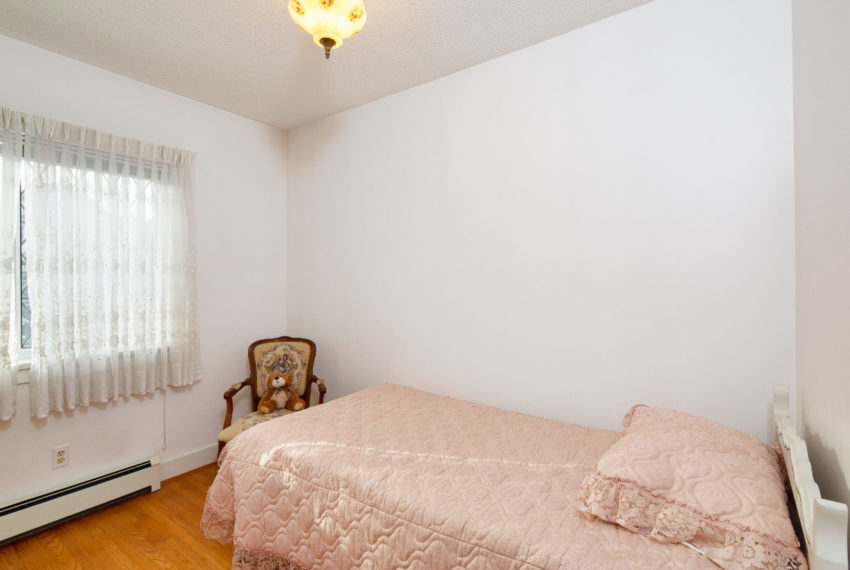 341 W 17th Ave-16
