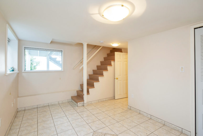 341 W 17th Ave-17