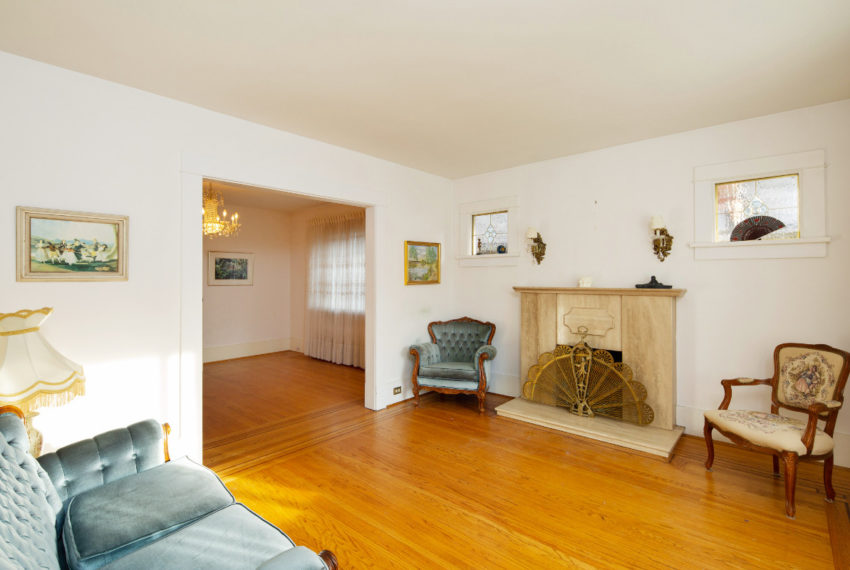 341 W 17th Ave-2