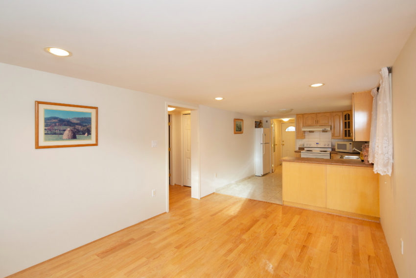 341 W 17th Ave-22