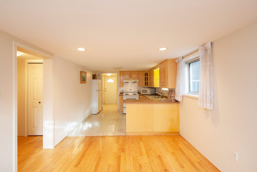 341 W 17th Ave-24