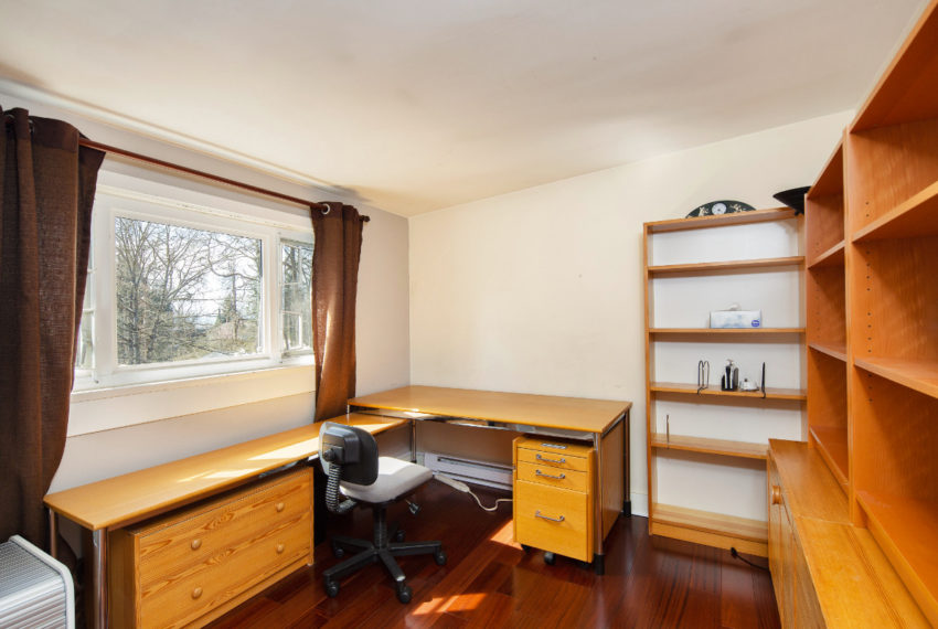 2462 W 49th Ave-22