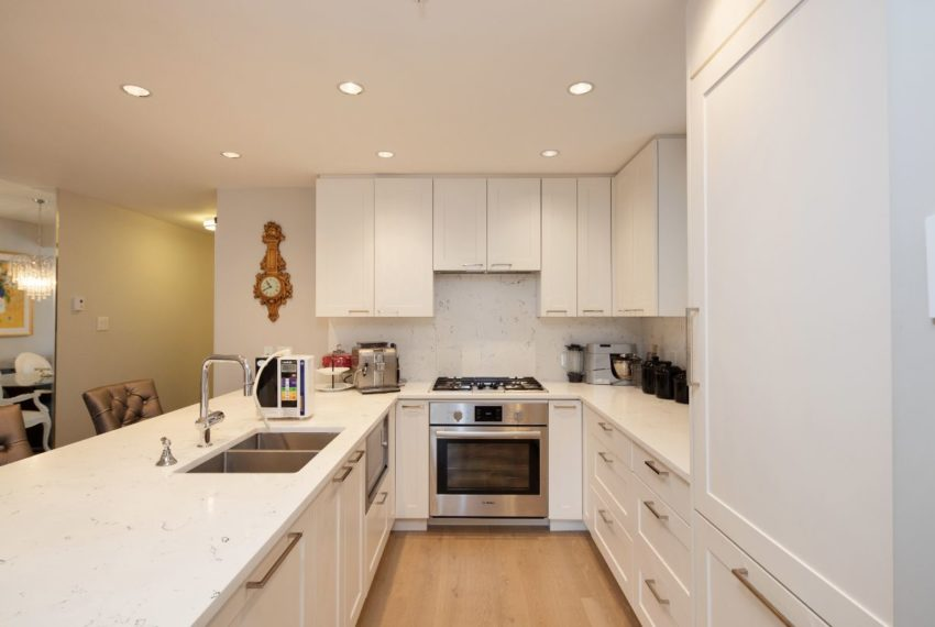 465 W 13th Ave-14