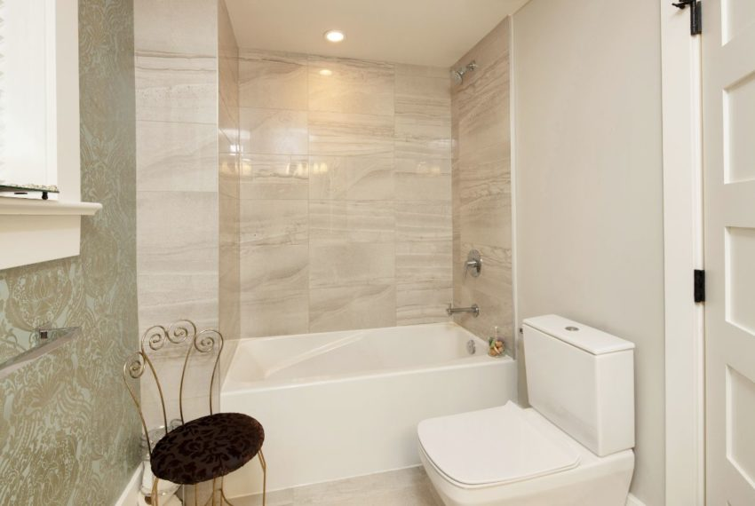 465 W 13th Ave-26