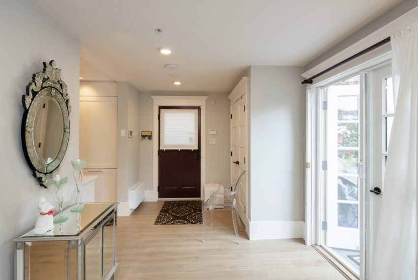 465 W 13th Ave-4
