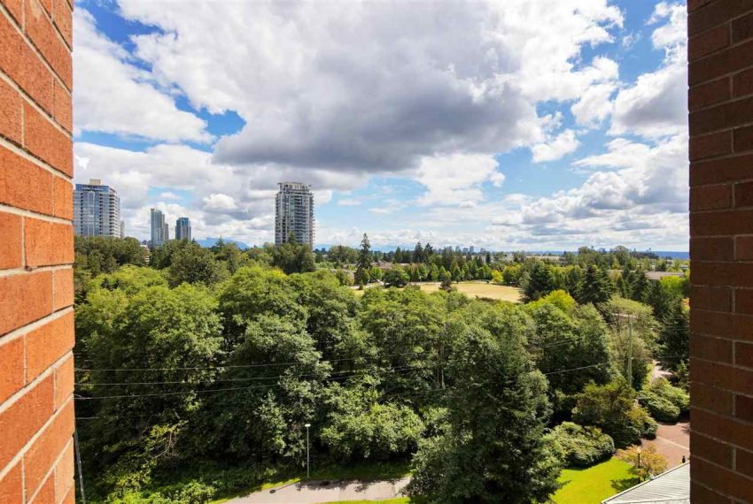 1003-6837-station-hill-dr-burnaby-11