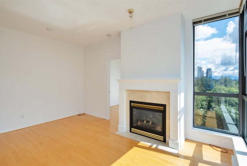 1003-6837-station-hill-dr-burnaby-4