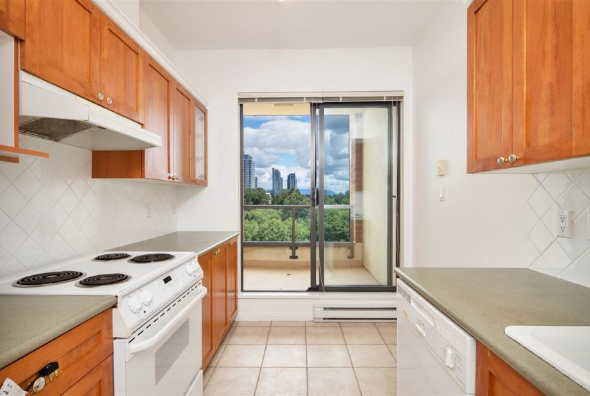 1003-6837-station-hill-dr-burnaby-5