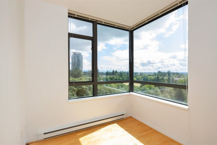 1003-6837-station-hill-dr-burnaby-6