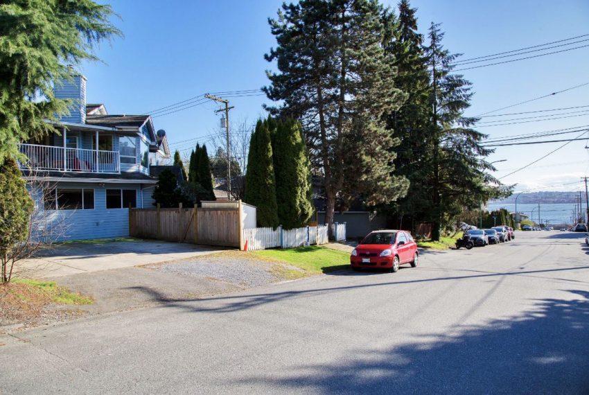 332 St Patricks Ave-32